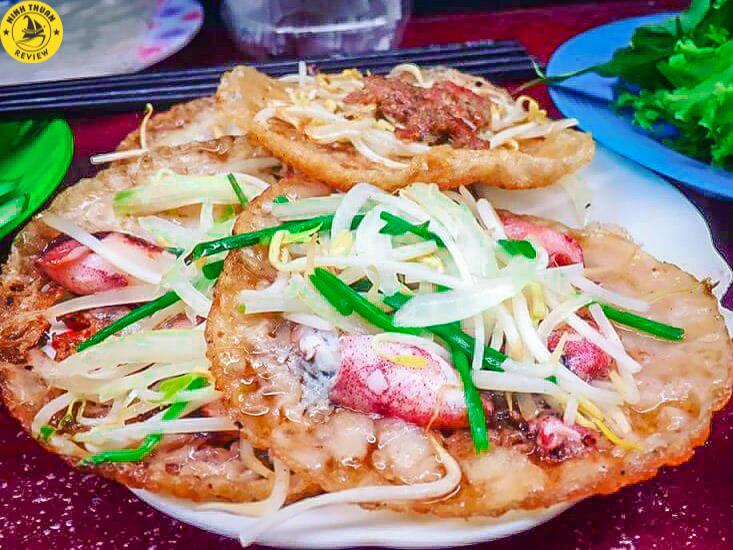Bánh xèo mực Ninh Thuận