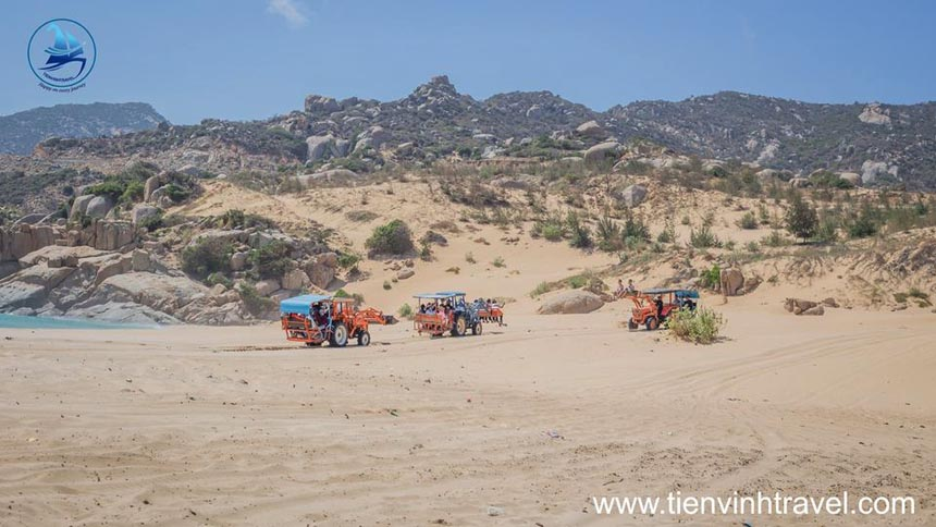 xe máy cày sa mạc sơn hải