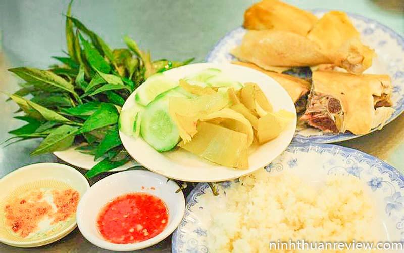 Cơm gà Khánh Kỳ Phan Rang
